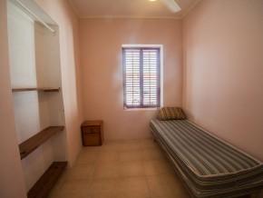 eenpersoonskamer in het huis