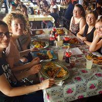 Studentenhuis_Curacao_lokaal eten_Groep 2018